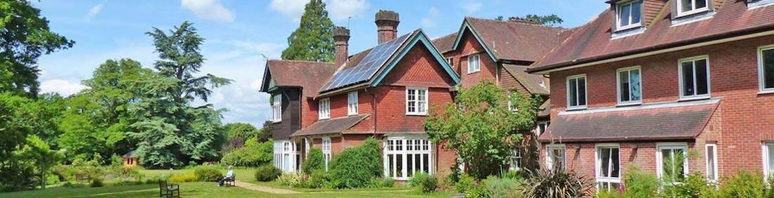 women's silent retreat venue in england 2020