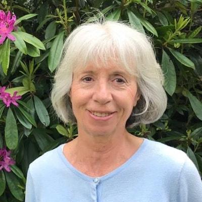 Gillian Lenane Silent Retreat facilitator